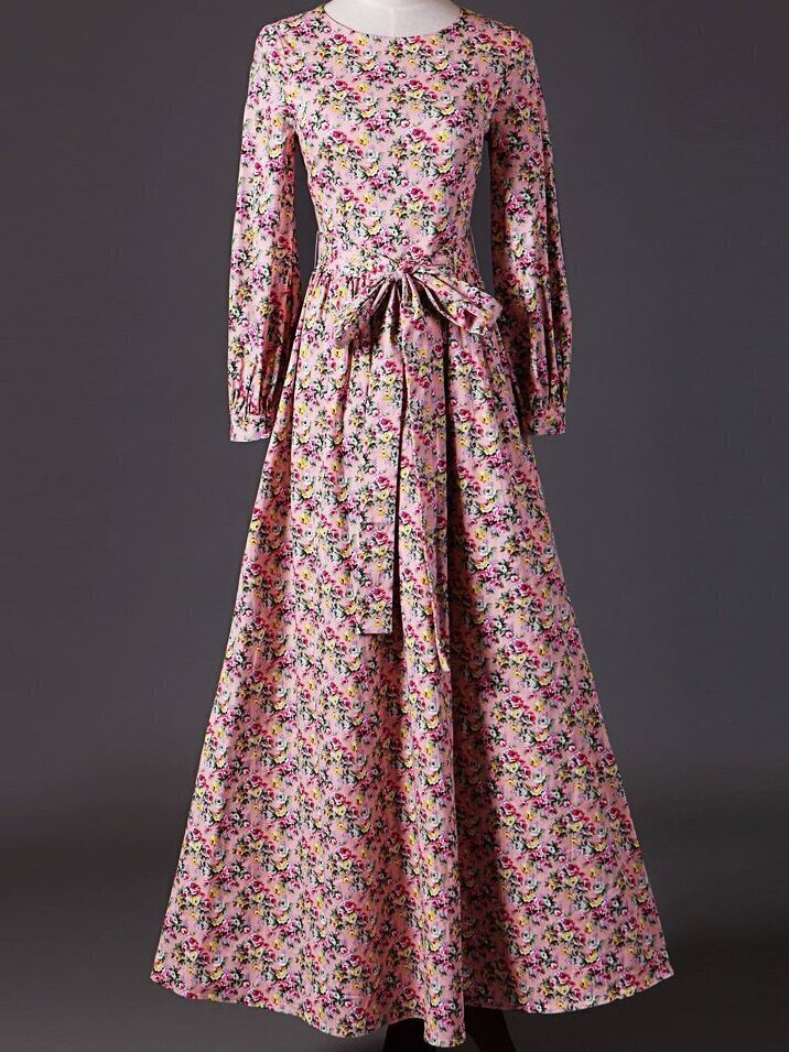 Pink Round Neck Long Sleeve Floral Print Tie-Waist Dress