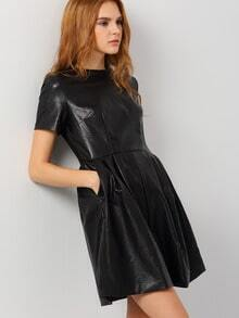 Black Short Sleeve Round Neck Dress