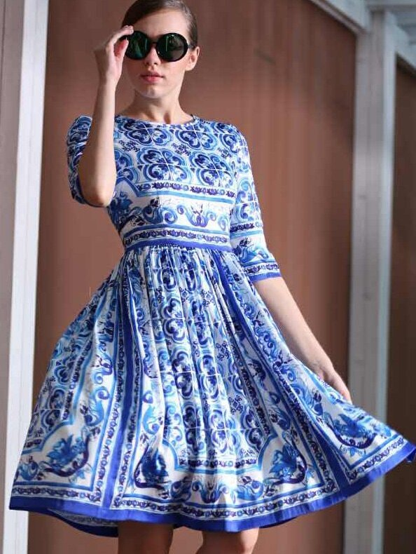 White and Blue Porcelain Round Neck Half Sleeve Dress