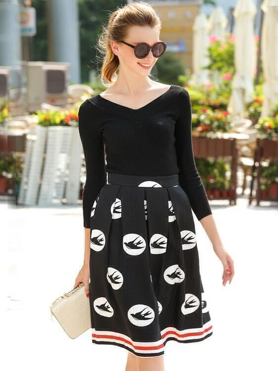 Black V Neck Slim Knitwear With Swallows Print Skirt