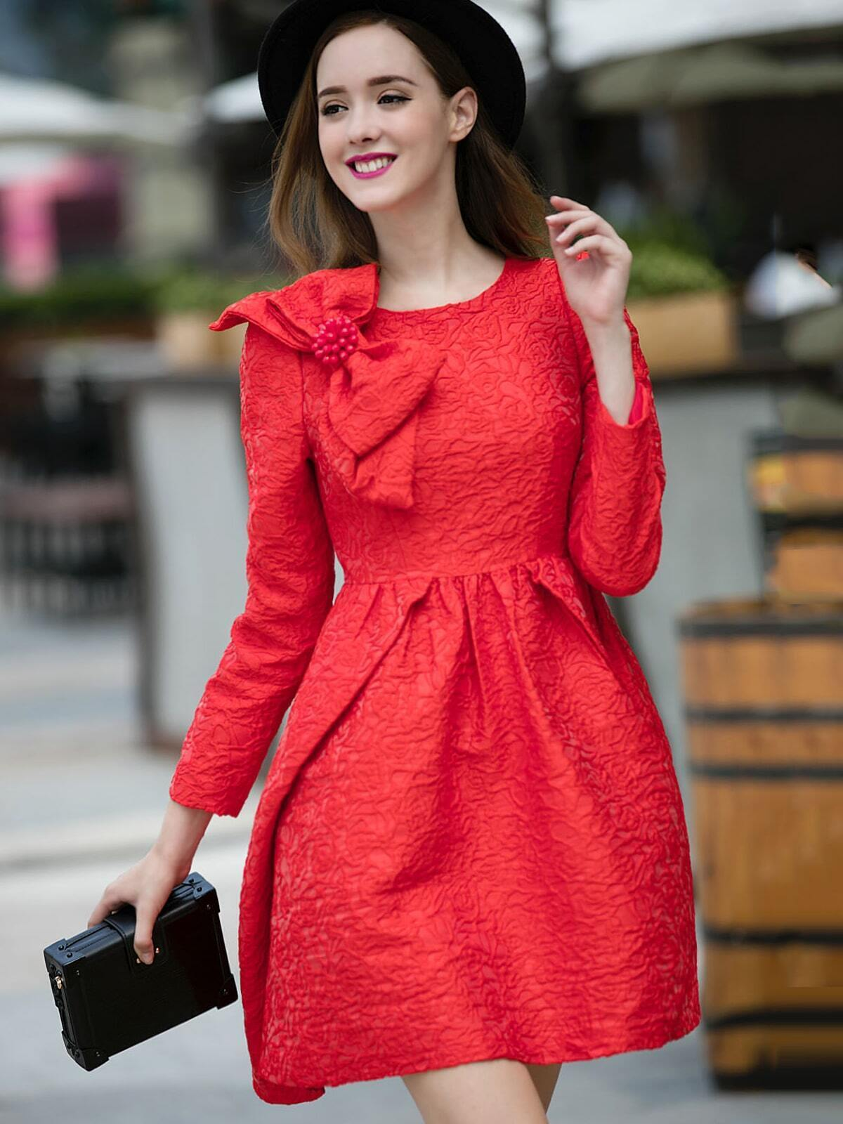 Red Round Neck Long Sleeve Bow Beading Jacquard Dress