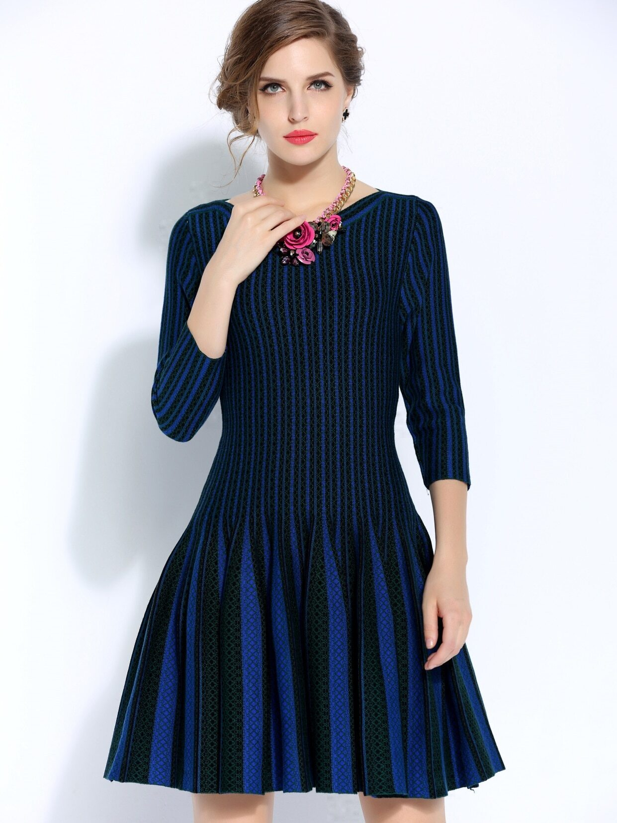 Multicolor Round Neck Length Sleeve Knit Dress