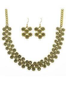 White Enamel Flower Shape Necklace Earrings Set