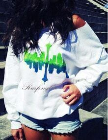 White Tower Print Loose Sweatshirt