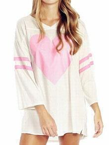 White V Neck Heart Shape Print Loose Tshirt
