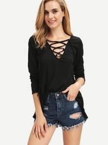 Camiseta cuello V con cinta suelta -negro