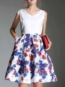 White V Neck Sleeveless Floral Flare Dress