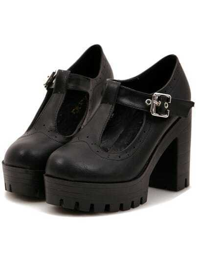 Black Buckle Chunky Block Heel Pumps