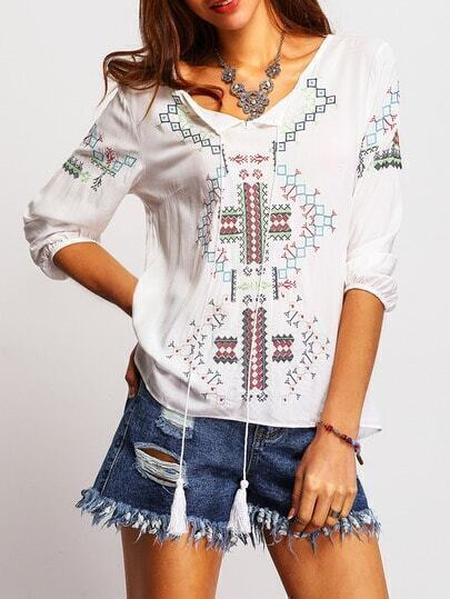 White Tribal Embroidered Loose Dip Hem Blouse