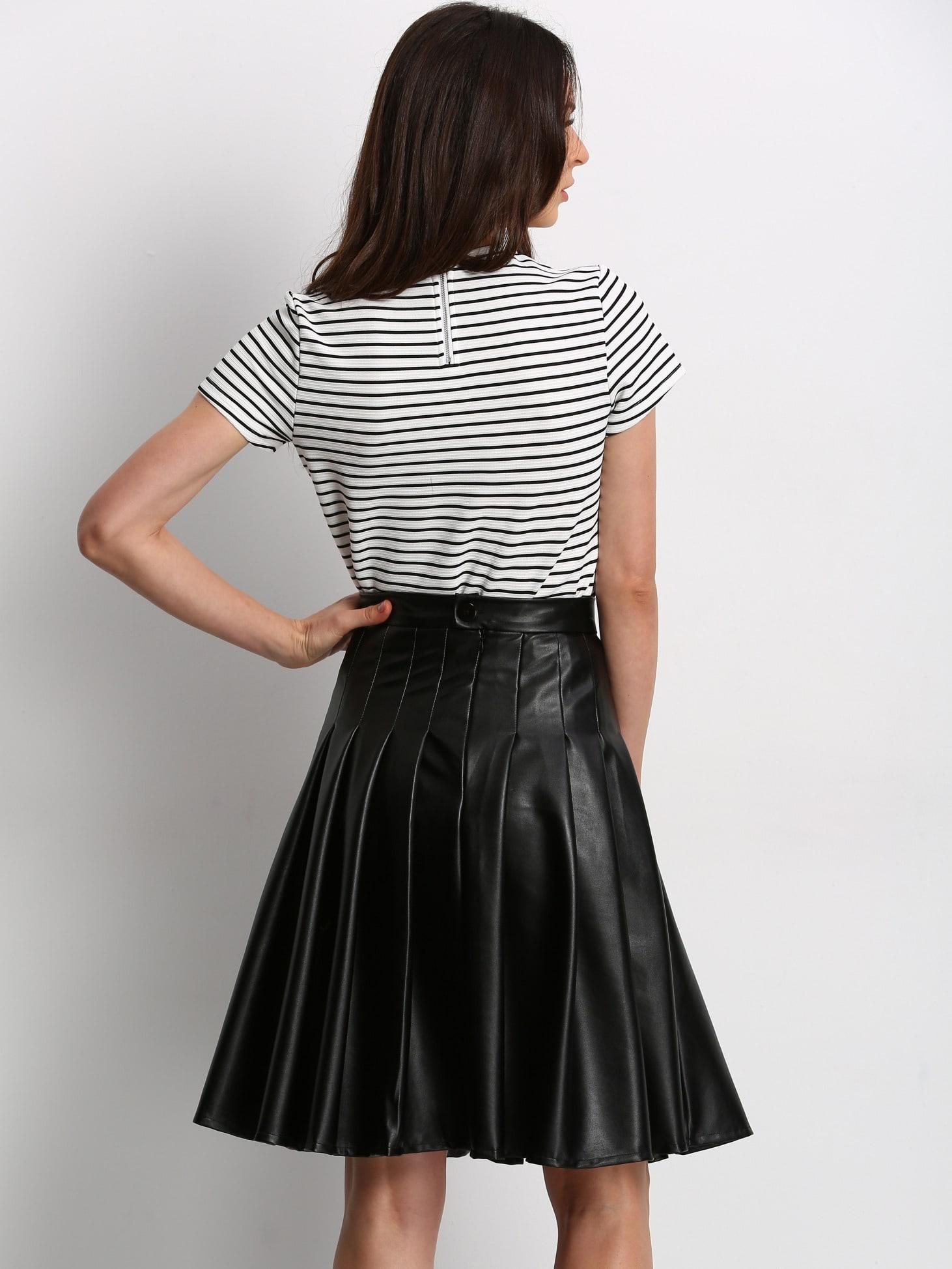 jupe pliss e en simili cuir noir french shein sheinside. Black Bedroom Furniture Sets. Home Design Ideas