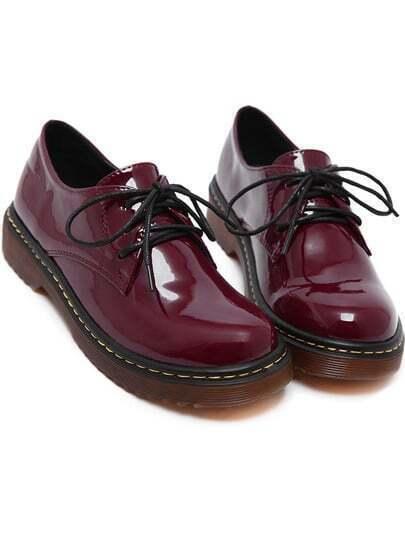 Бордовые лаковые ботинки