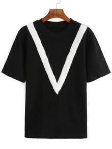 Contrast V Pattern Black T-Shirt
