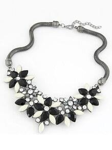 Black Gemstone Flower Shaped Necklace