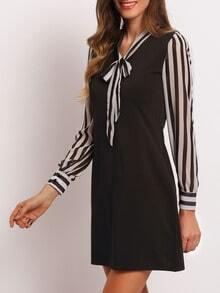 Vestito snello a strisce girocollo con fiocco - nero