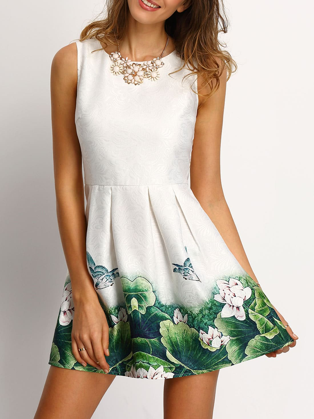 White Floral Frint Pleated Skater DressWhite Floral Frint Pleated Skater Dress<br><br>color: White<br>size: L,M,S,XS