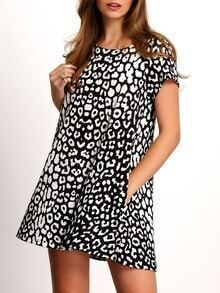 Black Round Neck Leopard Print Pockets Casual Dress