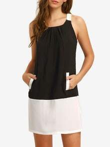 White Black Contrast Pockets Loop Back Shift Dress