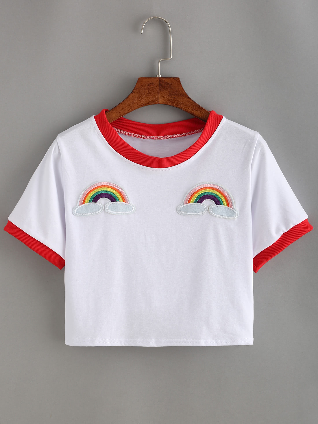 Contrast Trimmed Rainbow Patch Crop T-shirtContrast Trimmed Rainbow Patch Crop T-shirt<br><br>color: White<br>size: one-size