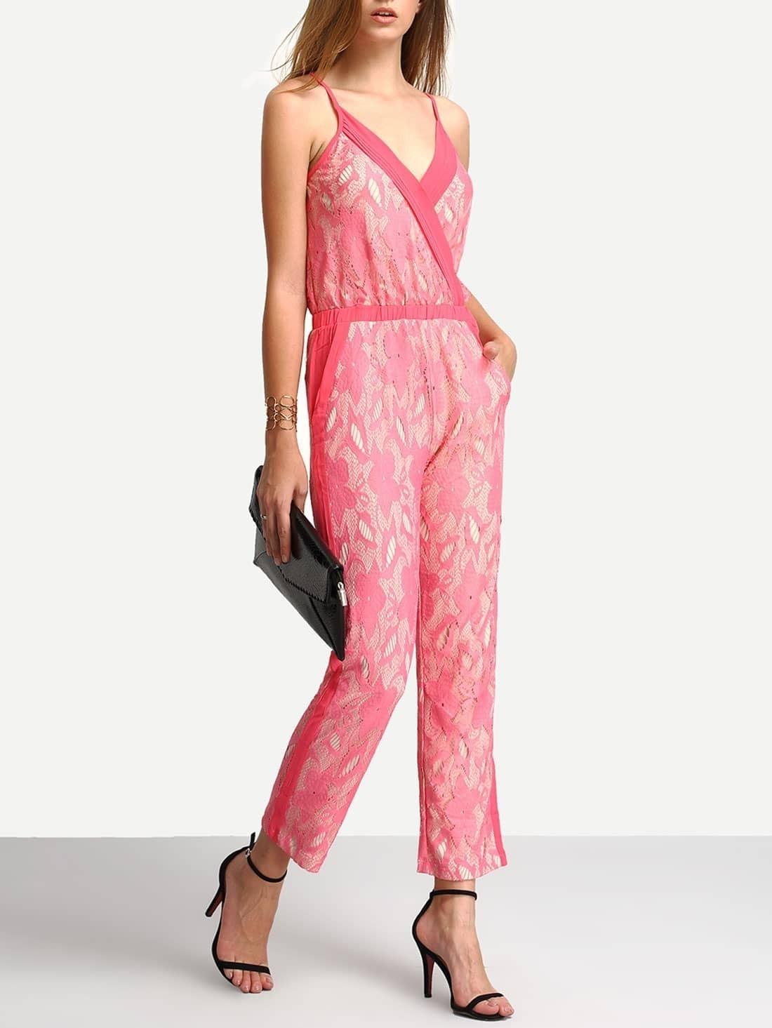 spitze jumpsuit mit spaghettitr ger und v ausschnitt rosa. Black Bedroom Furniture Sets. Home Design Ideas