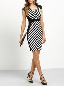 Contrast Zig-Zag Sheath Dress