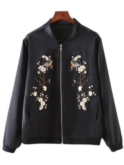 Чёрная куртка бомбер с цветочным принтом