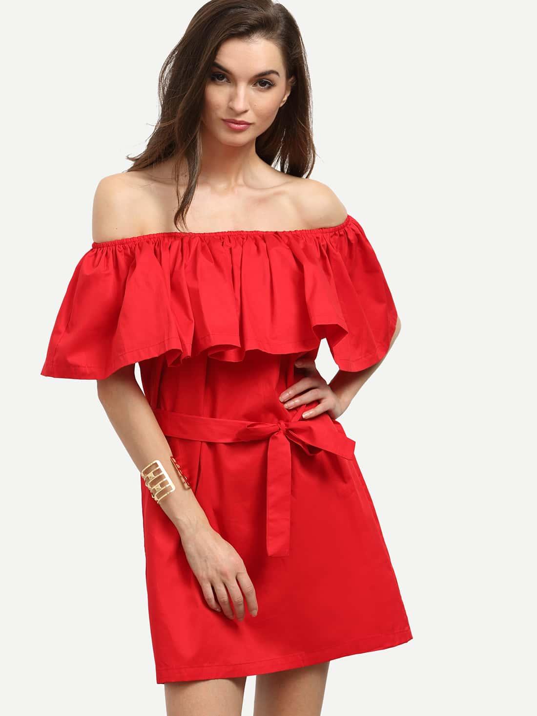 Платье с открытыми плечами и воланом своими руками 207