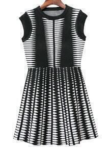 Black White Geometric Pattern Sleeveless Knit Dress