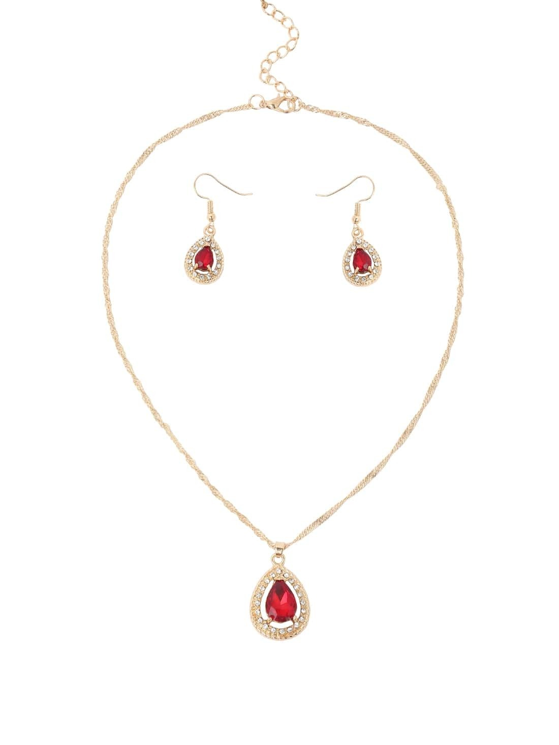 Crystal And Rhinestone Earings And Necklace Set