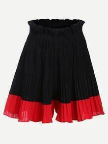 Color-block Pleated Shorts
