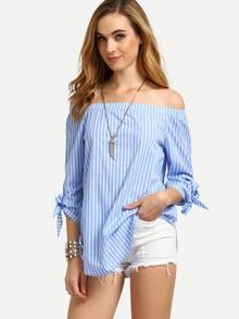 Schulterfreie Bluse mit vertikalen Streifen und Knoten um den Ärmeln