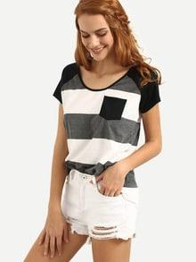 T-Shirt mit Farbeblock und Tasche