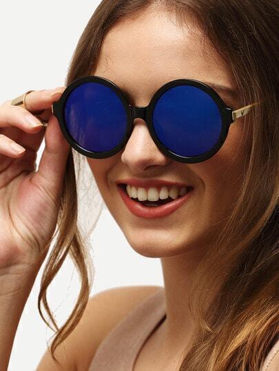 Модные синие солнечные очки