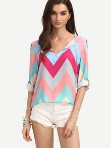 Zig-zag Print Rolled Sleeve Blouse