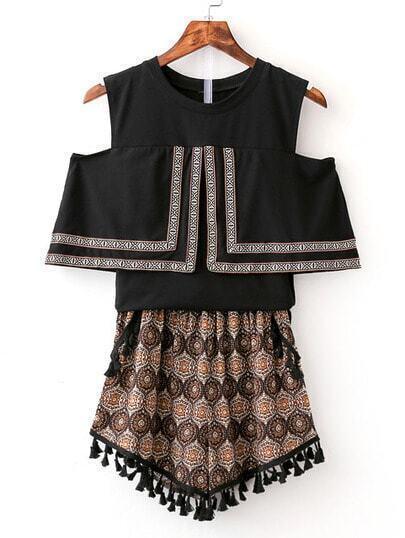 Black Cold Shoulder Blouse With Tassel Vintage Shorts