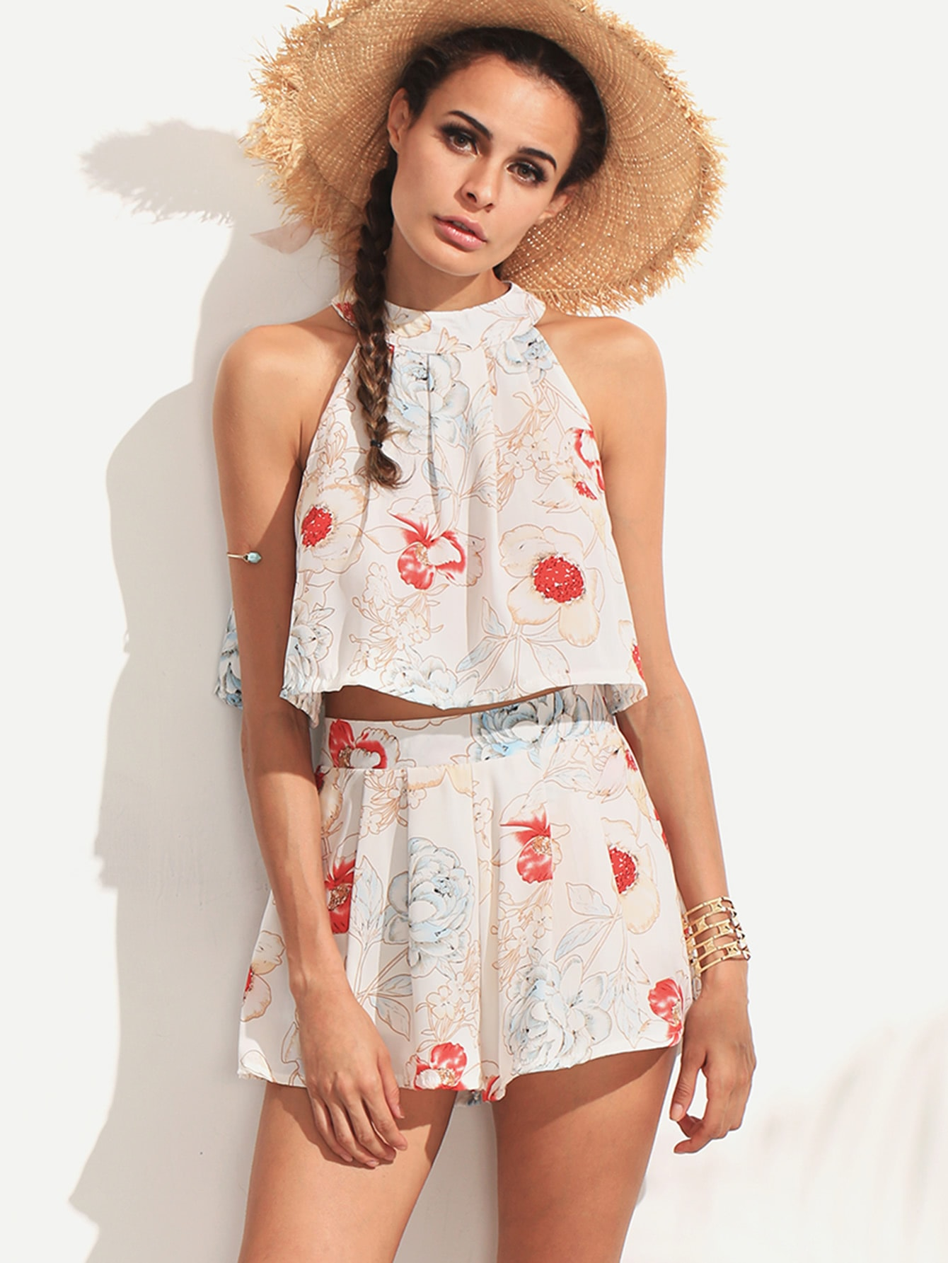 Halter Flower Print Top With Zipper Shorts