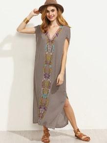 V Neck Embroidered Split Side Short Sleeve Dress