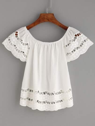 Белый модный топ с вышивкой