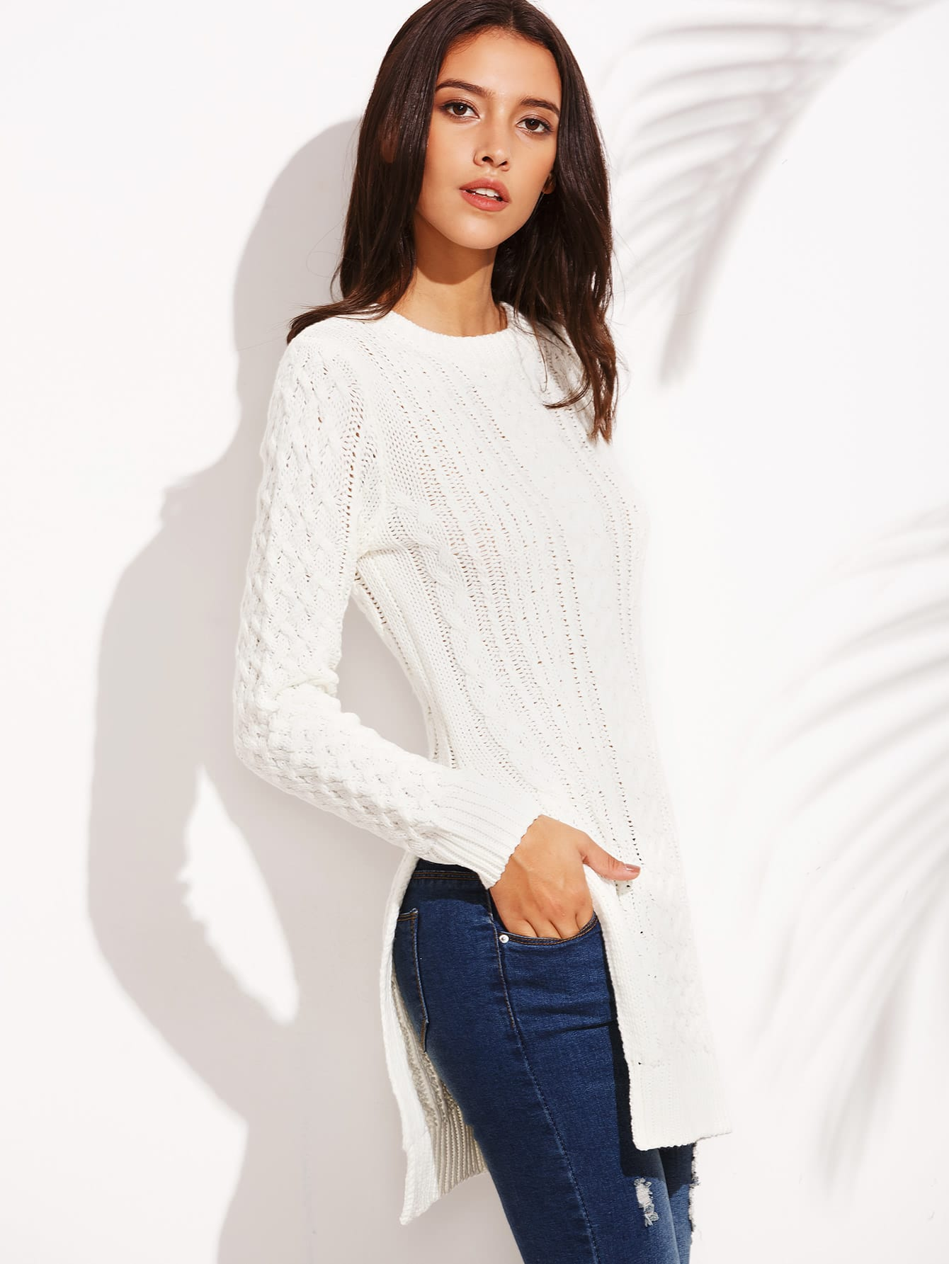Фото White Round Neck Split Side Long Sleeve Sweater
