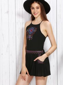Black Spaghetti Strap Embroidery Top With Shorts