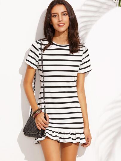 Vestido estilo camiseta a rayas bajo volantes - negro blanco