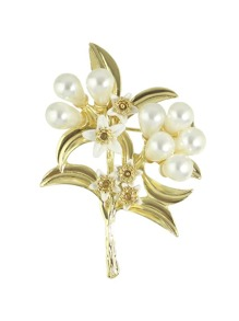 Imitation Pearl Flower Brooch