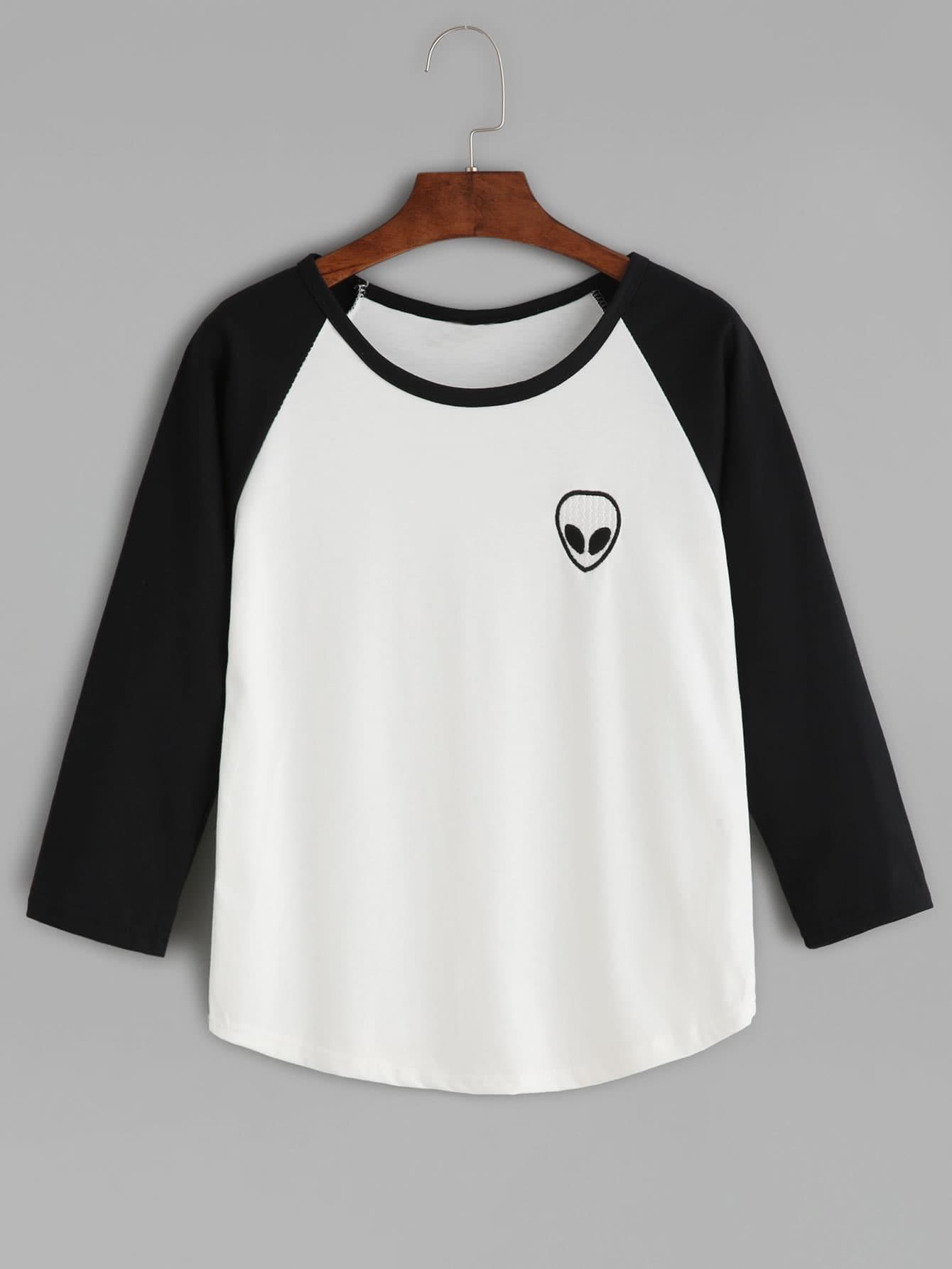 Black Alien Embroidered Raglan Sleeve Curved Hem T-shirt tee160819122