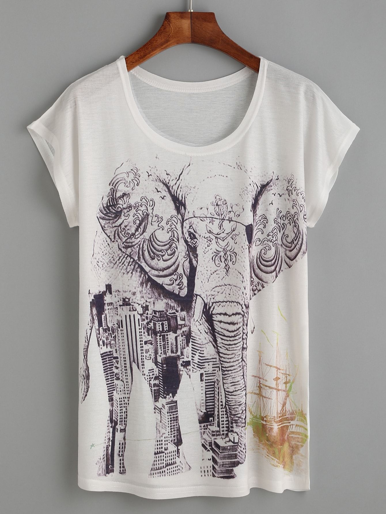Фото White Elephant And Building Print T-shirt. Купить с доставкой