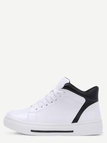 Sneakers bout rond avec lacet - blanc