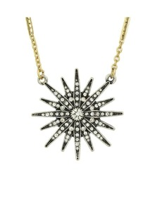 White Snowflake Shape Pendant Necklace