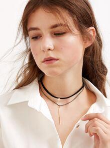 Чёрное модное ожерелье