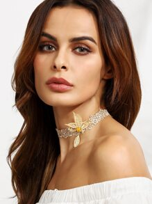 Light Brown Hollow Out Butterfly Rhinestone Lace Choker Necklace