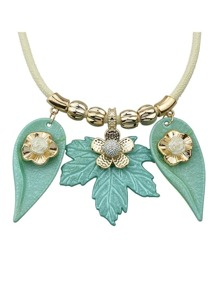 Green Leaf Flower Pattern Collar Necklace