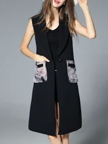 Black Sleeveless Pockets Print Vest