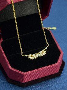 Gold New Design Rhinestone Pendant Necklace